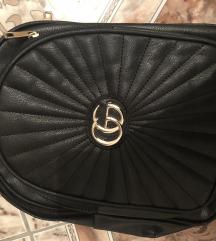 Gucci nahrbtnik
