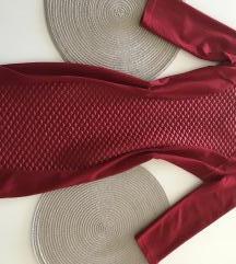 Nova obleka rdeca