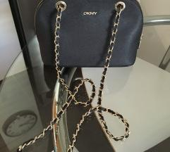 Dkny nova usnjena (original) torbica