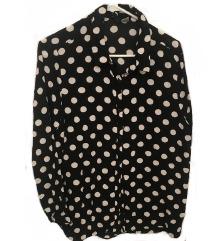 Črna srajca s pikami