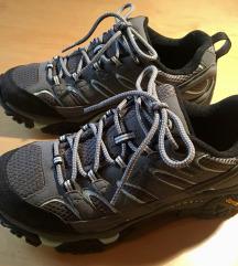 Pohodni čevlji Merrell (38) novi