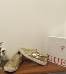 Guess superge velikost 41