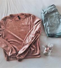 Roza zametni pulovercek