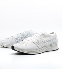 superge nike flyknit racer