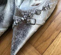 elegantni srebrni salonarji