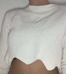 Bel puloverček