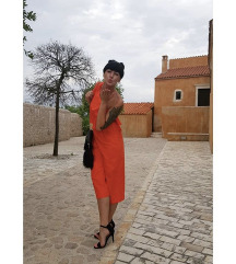 Zara oranžen pajac na eno ramo