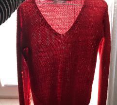 Rdeči pulover