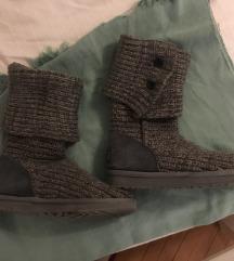 UGG pleteni sivi škornji