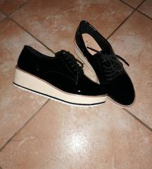 Nizki čevlji 38
