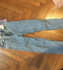 Mom jeans stradivarius slim fit