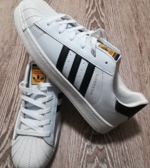 Adidas superstar nove št 39