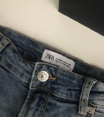 Zara popolnoma nove kratke hlače