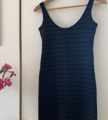 Ozka kratka obleka Zara