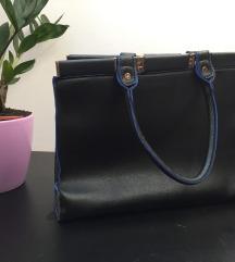 Črno modra torbica