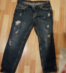 Girlfrend jeans