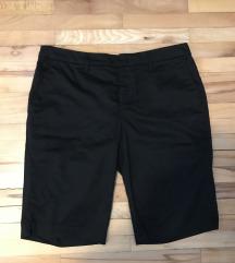 Črne elegantne hlače 40/42 znižano na 5 €