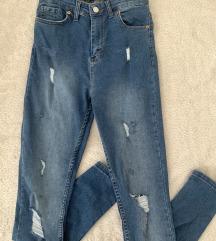 ZNIŽANO // Levis jeans mpc 90€