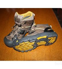 Novi Keen čevlji