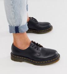 Dr. Martens nizki čevlji