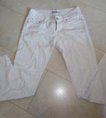 Bele hlače (vključena poštnina)
