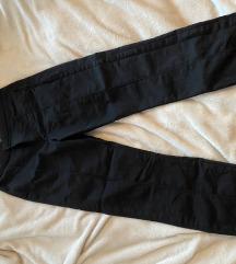 Nove črne hlače Asos