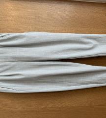 Bershka sive 7/8 hlače