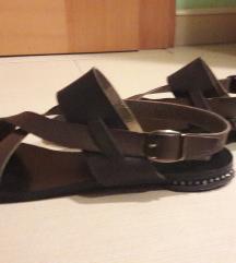 usnjeni čevlji  39  MPC49