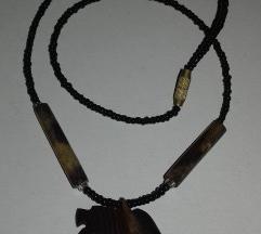 Lesena ogrlica - žival