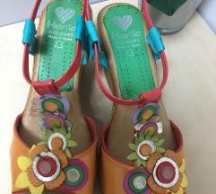 Znižani-Novi usnjeni sandali Marila Colours