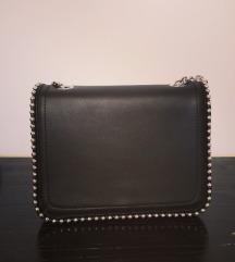 Črna mala torbica NOVA