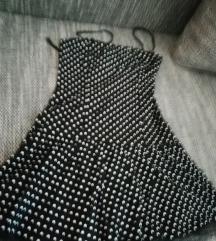 Oblekca z čipko