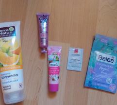 Komplet kozmetike z darilno vrečko ZNIŽANO!!!!