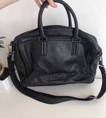 Armani Collection poslovna torbica - mpc 390 evrov