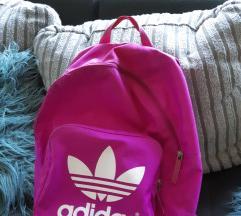 Pink Adidas nahrbtnik