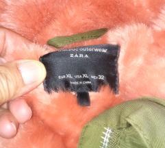 Parka Zara. XL