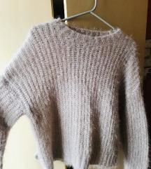 Roza pulover z bleščicami