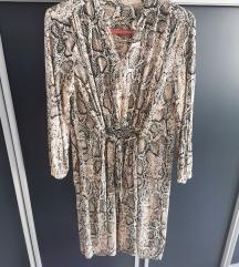Obleka( kacji vzorec)