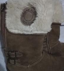 Podloženi topli zimski škornji 38