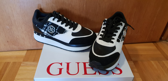 Guess superge