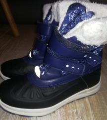 Nepremočljivi škornji 31