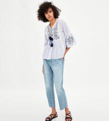 KUPIM Zara bluzo s cofki