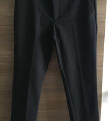 Črne elegantne hlače // NOVO!