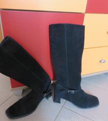 Usnjeni škornji(pravo usnje-semiš)vel.40
