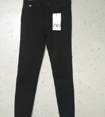 Pull and Bear in Zara skinny jeans 34/xs