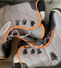 Bord čevlji