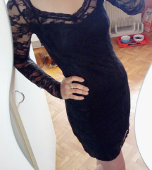 Oprijeta črna čipkasta obleka SELECTED FEMME