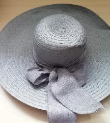 Siv poletni klobucek