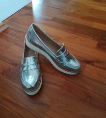 Novi čevlji, št 41