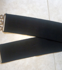 Črn elastičen pas